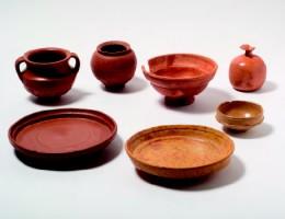Ejemplares de Terra Sigilata procedentes de la colonia Augusta Emerita. Archivo MNAR.